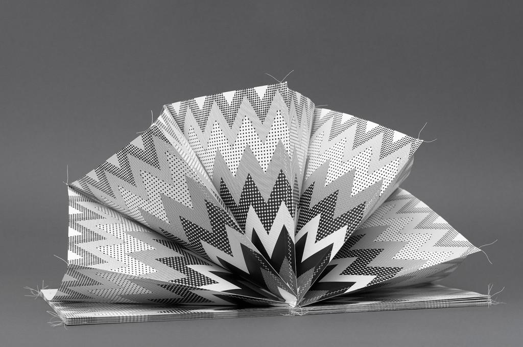 homo ludens leporello cover folded